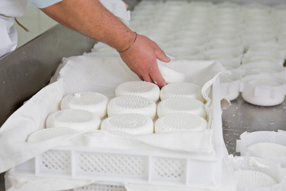 Cascina Vellero - I formaggi di capra